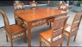 Meja makan ukir kayu jati