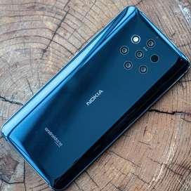 Nokia 9 Pure view (with 6 month left Warranty and orginal bill)