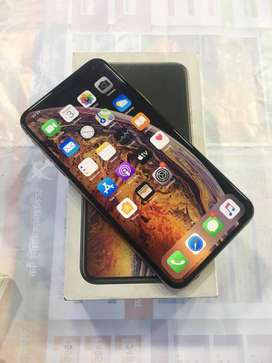 Dont msg only cal wil not rply of msg️️. Apple XS MAX -64gb gold