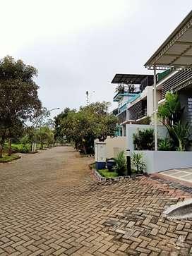 Dijual Rumah ala Villa 1 Lt di Perum de Cassablanca - Royal Mansion