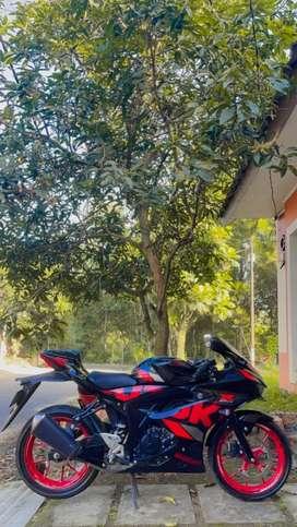 Suzuki gsx r150 keyless