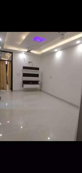 3bhk newly builder floor metro distance 300meter dwarkamor