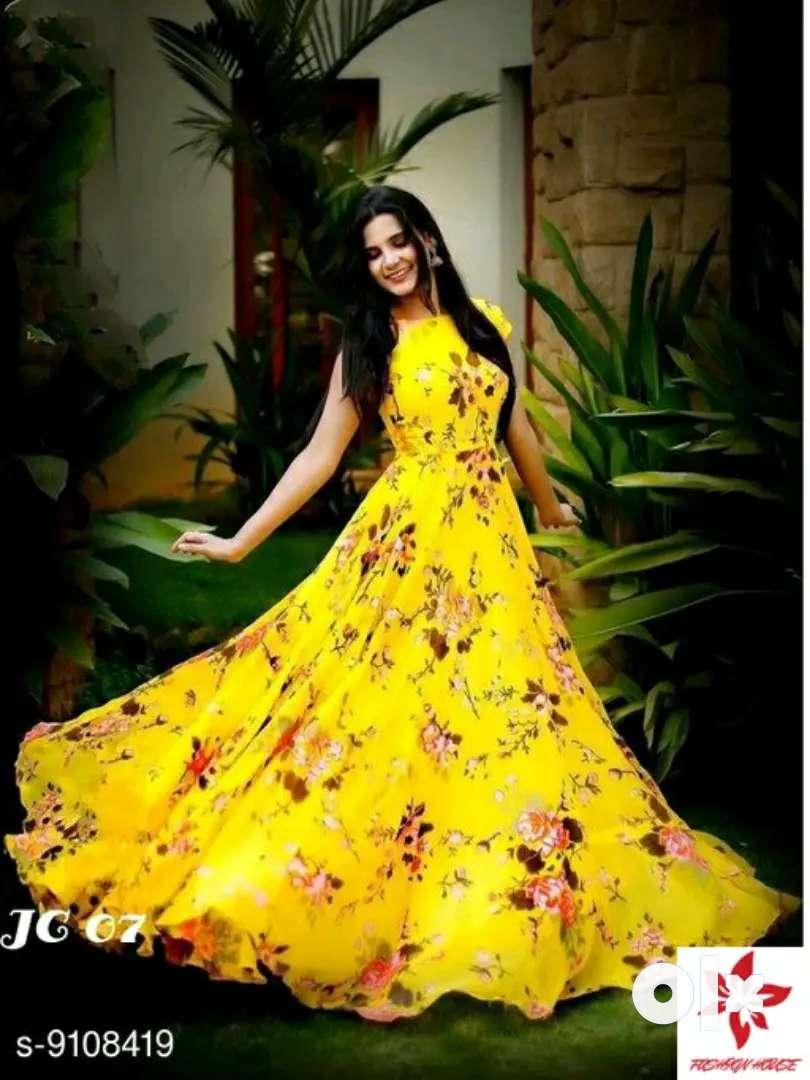 Pretty women printed gown 0