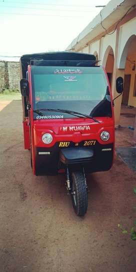 Loading shift rider rickshaw 2018 model and good condition