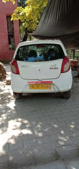 Alto 800 white colour
