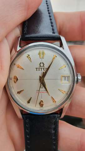 Titus De Luxe 21 Jewels Automatic Vintage Watch with date indicator