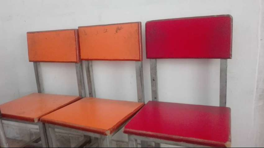 School table chairs for sale 0