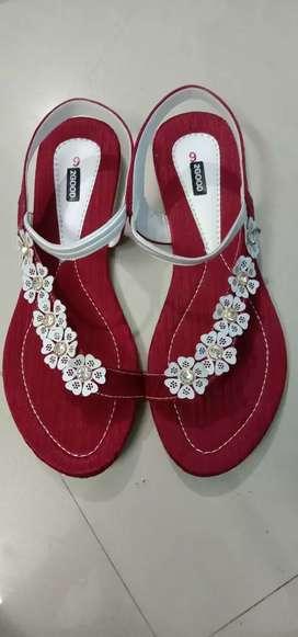2GooD Sandals