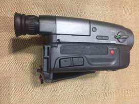 Sony CCD-TRV30 Video Camera Recorder