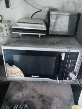 Microwave oven big size toster and sandwich maker