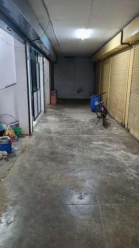 150sqft Shop For Rent in Chawla Market,Telibagh Opposite V-Bazaar.