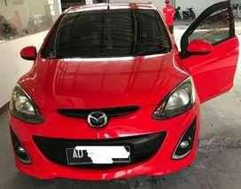 Mazda 2 type R (tertinggi)