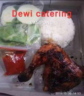 """Nasi kotak ayam bakar """"Dewi catering LAMPUNG"""""""