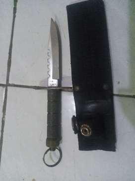 Pisau hunter Rambo