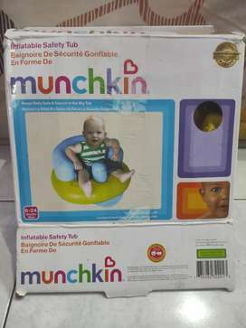 Safety tub Munchkin ( Tempat Duduk Bayi)