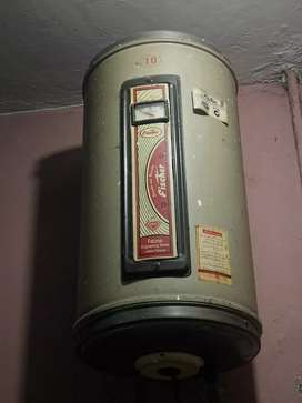 Fischer electric geyser
