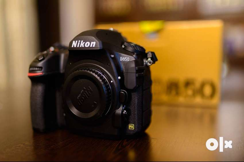 Nikon D850 DSLR (under warranty) 0