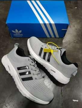 Jual sepatu olahraga*casual bisa#adidas*sole empuk nyaman, jahit kuat*