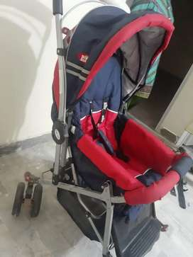 Kid stroller very good condition