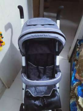 2 baby prams each 7000