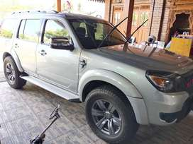 Dijual Ford everest XLT AT 2012 istimewa