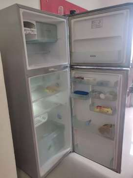 Samsung 350L fridge for sale