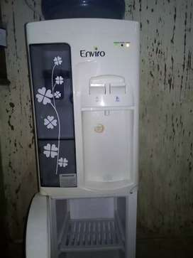 New water dispenser in new condition and no yet problem