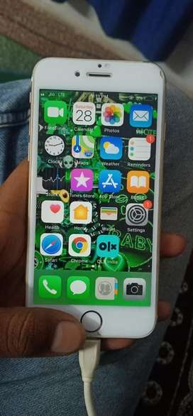 Iphone 6 32 gb fresh condition with box and charge al accessories