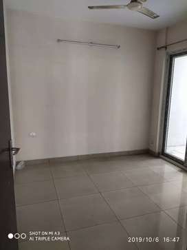 3Bhk semifurnished flat available for rent in la Residentia