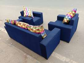 Good quality Brand new Sofa Set with good finishing available at facto