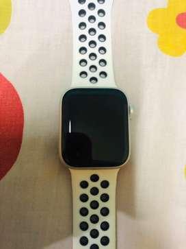 Forsale!!! Iwatch series 4 40 MM, garansi resmi iBox
