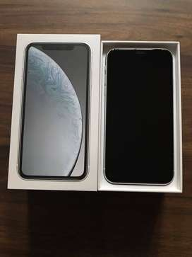 APPLE XR IN EXCELLENT CONDITION