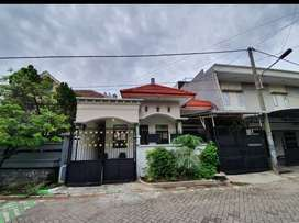 MURAHH SEWA Rumah Strategis Tenggilis Surabaya FULL FURNISHED