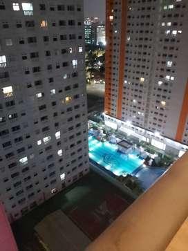 DIJAMIN MURAH! Jual 2BR Green Pramuka City Diatas Mall, Unit Baru!