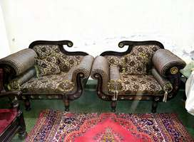 Chinioty Sofa 5 seater with Tables