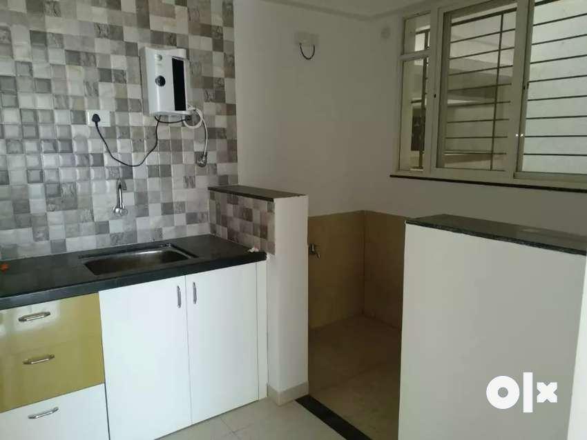 1 Bhk flat on rent at keshav nagar 0