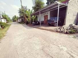 Kapling Murah Pinggir Aspal, Kawasan Perumahan Tirtomartani
