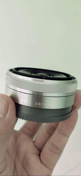 Lensa sony E 16mm f2.8 like New