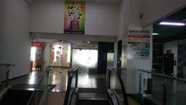 Palika Bazar 3rd floor rama magnato mall me Shop bechna hai