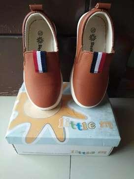 Sepatu anak bagus
