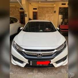 Dijual Honda Civic 2017 Sedan Mulus Terawat