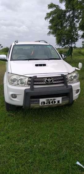 Toyota Fortuner 2.8 4X4 MT, 2009, Diesel