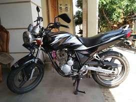 Jual Yamaha Scorpio 225 warna hitam