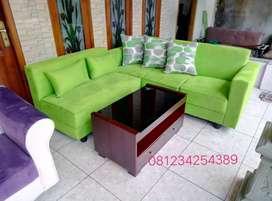 Sofa minimalisan wrn hijau muda