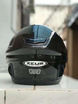 Zeus Z1600 Carbon fiber