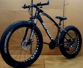 Non foldable fat tyre cycle