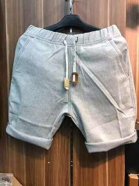 Celana pendek cargo cowok dewasa