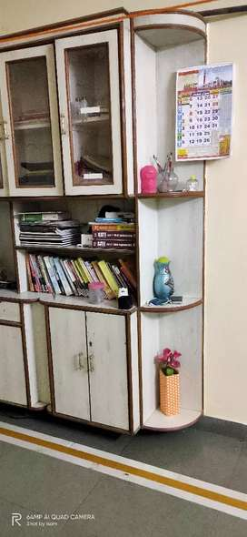 Need  roommate,must be working in profession Expecting decent person