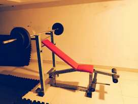 Convertible Bench press with 20 kg weight