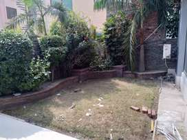 1 kanal luxurious house in Johar Town